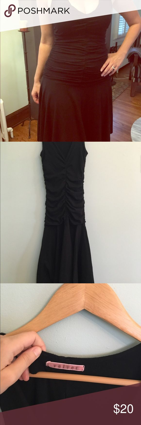 Velvet brand jersey knit, fitted bodice dress Anthropologie brand, Velvet, known for beautiful fitted creations with layers of soft, stretchy jersey knit. Bodice is shirred, fitted. Form fitting and moves nice. Very comfortable! Velvet Dresses