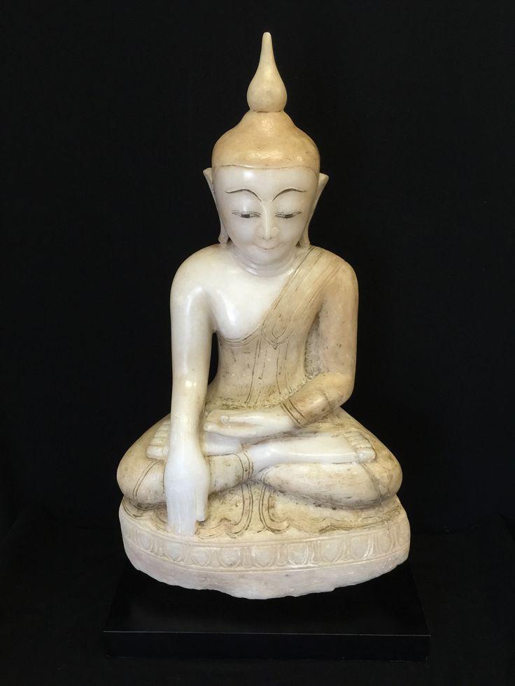 Shan alabaster Buddha. Burma. 18th cent.