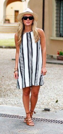 28d9299c2225 Γυναικεία καλοκαιρινό look με φόρεμα 27 Ιδέες για σικάτο καθημερινό ντύσιμο  φέτος το καλοκαίρι!