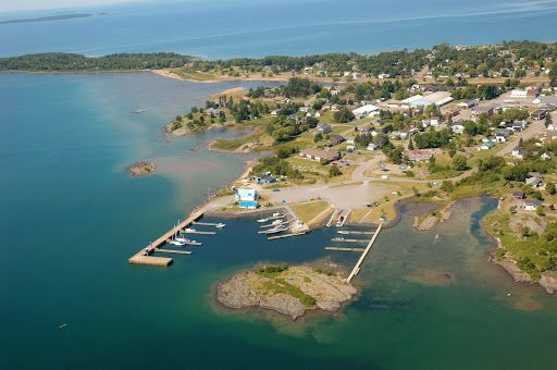 Marinas - Ontario's Algoma Country - Thessalon, Ontario, Canada: Thessalon is situated on the North East Shore of Lake Huron. The town of Thessalon enjoys its wonderful waterfront location. Our local marina is a great place to dock your boat and enjoy yourself.