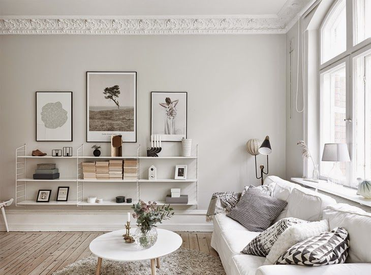 This Swedish apartment immediately got me with the atmosphere of extreme serenity and calmness....