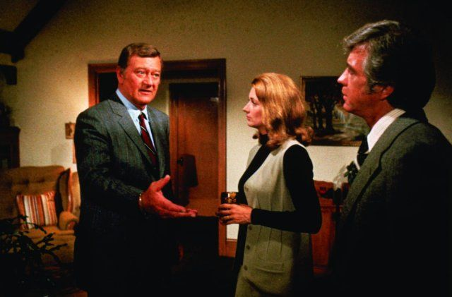 Still of John Wayne and Diana Muldaur in McQ (1974)