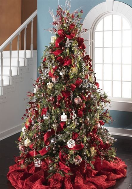 280 best Christmas Tree Inspiration images on Pinterest | Colors, Crafts  and Decoration