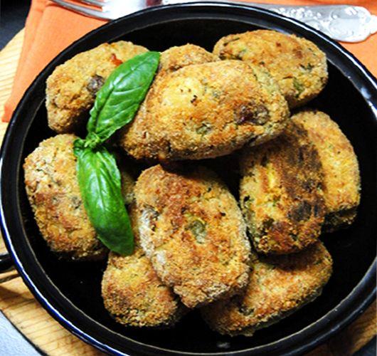 Polpette di melanzane al forno: #Ricetta #bio leggera e gustosa. www.ecomarket.bio