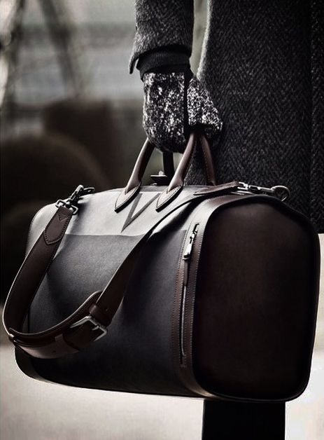 I want to be important enough to carry a leather bag like this one day lol