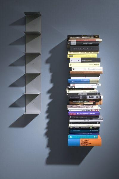 Estantería de pared Virtual.  Sácale partido a cualquier rincón de tu casa gracias a la invisibilidad de esta estantería vertical