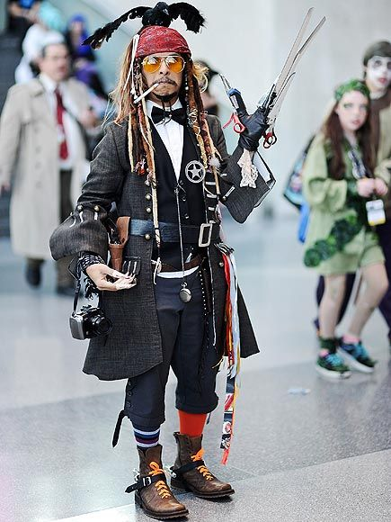 This Guy Went to Comic Con Dressed as Multiple Johnny Depp Characters
