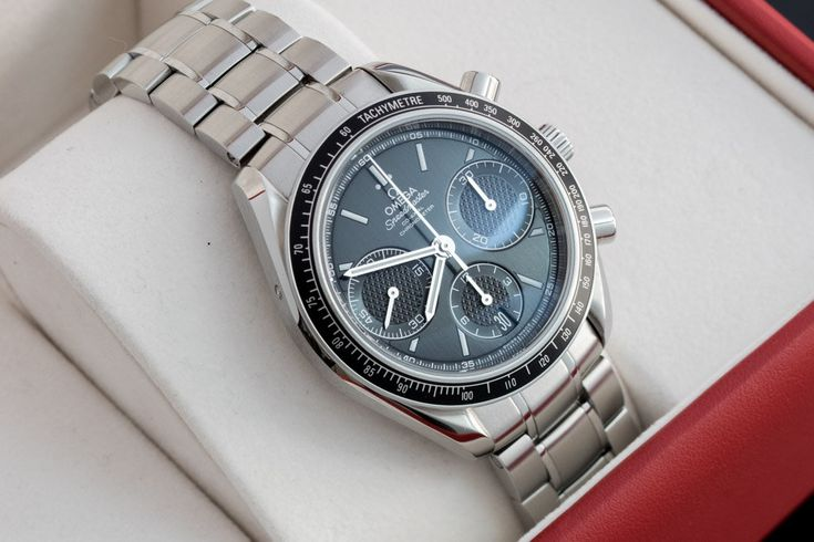 FS: Omega Speedmaster Racing Co-axial Column Wheel Chronograph cal. 3330 black MINT Condition Image 2