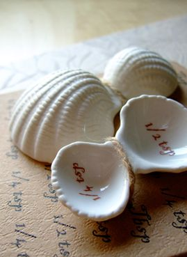 stoneware measuring spoon shells from Anthroplogie, so cute & would be great for the summer house, $12