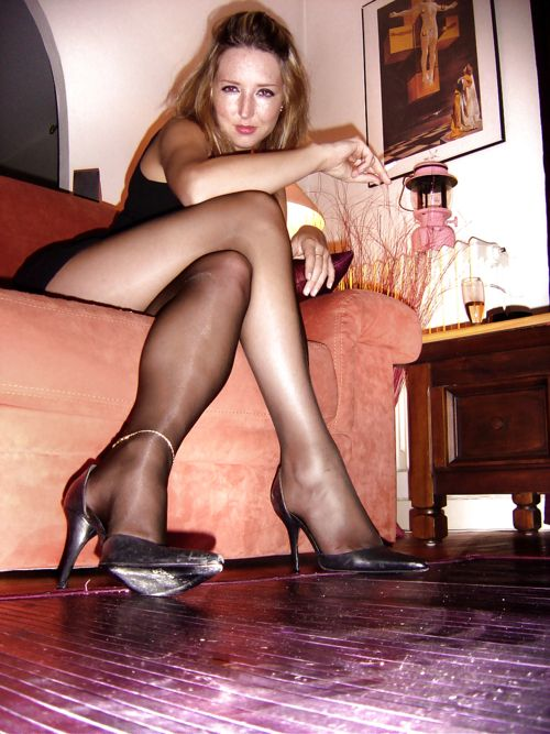 Why women love pantyhose