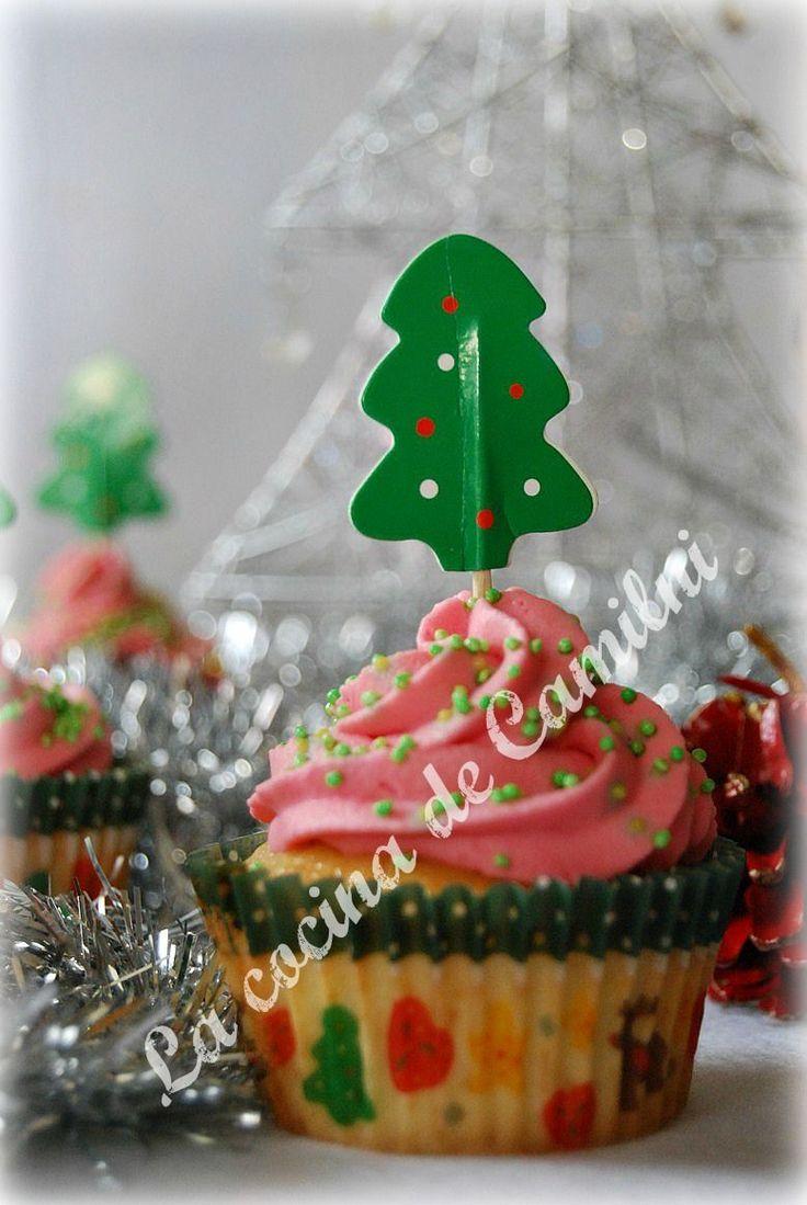La cocina de Camilni: Cupcakes Navideños con cobertura de chuches para los peques