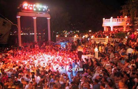 Halikarnas. The world's largest open-air night club is only a short taxi drive away...