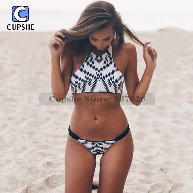 Cupshe 2016 New Arrival Hot Women Black&White Diamond Printing Halter Padding Bikini Set