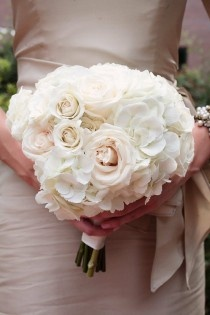 Rose and hydrangea bouquet.