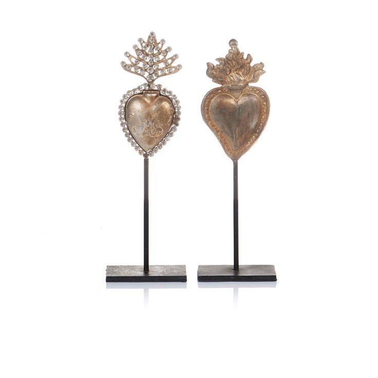 Zwei Sets mit underschiedlich filigran gestanzten und aufwendigen Herz-Designs im rustikalen Shabby Chic. #Herzen #Wohnaccessoires #Impressionenversand