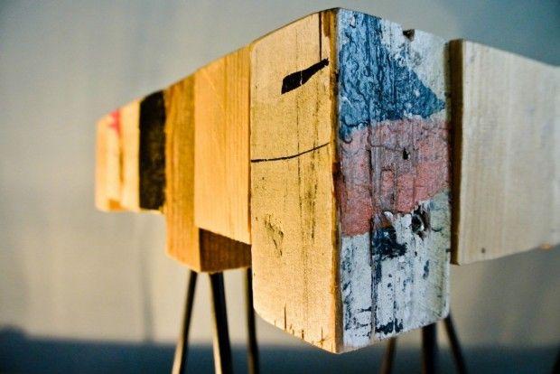 Table basse Aragne par Pièce Manquante fait a partir d'éléments de récuperation, mélange des matières