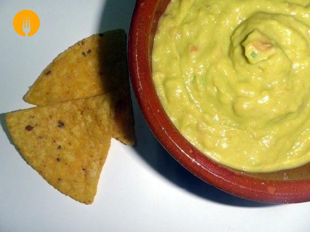 GUACAMOLE. RECETA MEXICANA PASO A PASO http://www.cocina-casera.com/2012/02/guacamole-receta-mexicana-paso-paso.html Vía: @cocinacasera1