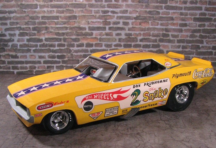 Snake Cuda Funny Car. I want one!(Model cars, plastic models)