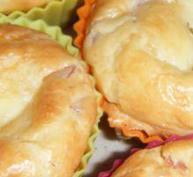 Recette - Muffins au jambon, coeur de vache qui rit ! - Notée 4.3/5 par les internautes