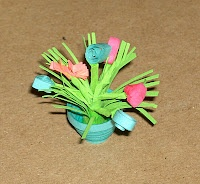 Miniature Quilled Flowers/flowerpots
