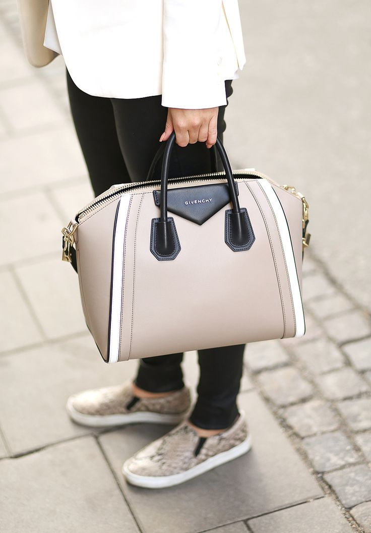 ★ Outfit inspirations on http://www.likewalk.com/de/outfit/54f03e6a783f91bb55d52675 ★ #shopper #style #accessoires