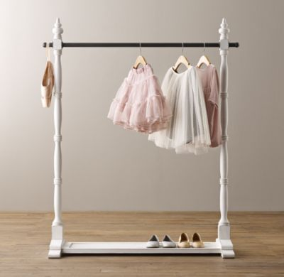 Mini Wardrobe Rack - Have Mila hang her school clothes on the night before!
