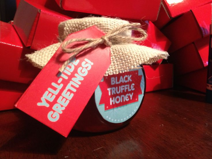 Truffle honey pots. Gifts for our lovely clients, home made French Black Truffle Honey