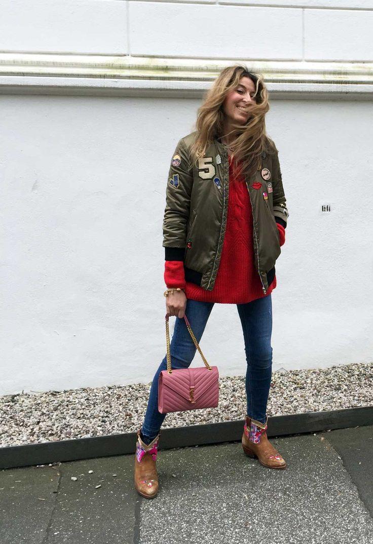 """Als ich in Hamburg an der AMD """"Modejournalismus & Medienmarketing"""" studiert habe, wollten alle danach zur Vogue oder Mrs. Politely. Die Agentur wurde 1999 von Yasmin von Schlieffen gegründet und war eine der ersten deutschen PR-Stellen für Marken wie Paul & Joe oder Antik Batik. Es war wirklich eine andere Zeit, denn damals gab es nur eine Handvoll Agenturen für Mode-PR. Ganz anders als heute. Umso erfreulicher, dass es """"Fräulein Freundlich"""" –…"""