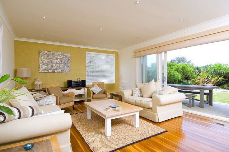 Bangally's - Avalon Accommodation - Avalon Holiday Rentals. For more information about this property please visit www.nbholidays.com.au