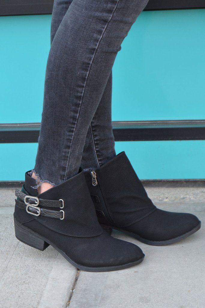 cae5aef3727 Blowfish Sistee Trapillo, Botas Con Tacón, Zapatos Bonitos, Zapatos De Mujer,  Botines