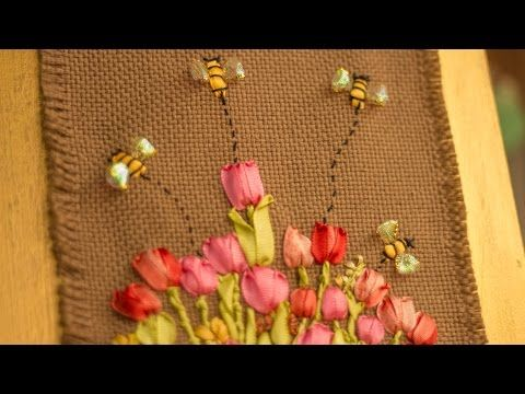 (350) APRENDE PASO A PASO A BORDAR TULIPANES Y ABEJAS CON CINTAS / Tulips and bees embroidered on a frame - YouTube