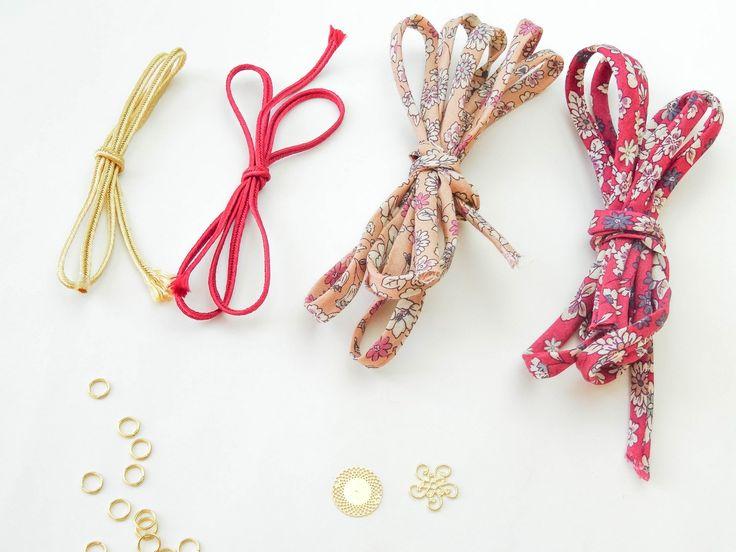 Frou-Frou-braceletsfleuris-ateliersvila
