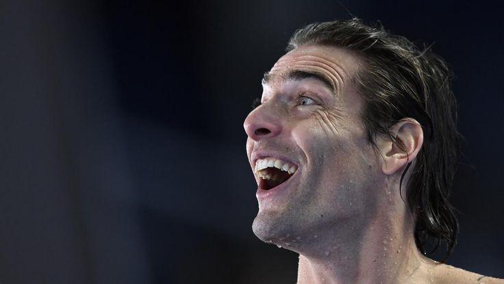 #SPORT : COLOSSE – Pour la dernière course de sa carrière, Camille Lacourt a remporté ce dimanche la finale du 50m dos lors des Championnats du monde de natation de Budapest. Il s'agit du cinquième titre mondial pour le Français, le troisième dans son épreuve fétiche.