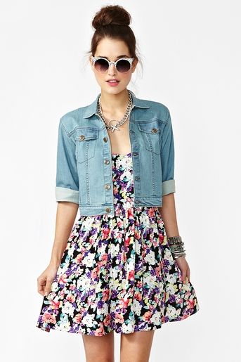 Denim jacket, cute dress, sunglasses and accessories #outfit: