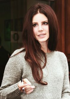 Lana del Rey. Red/brown hair