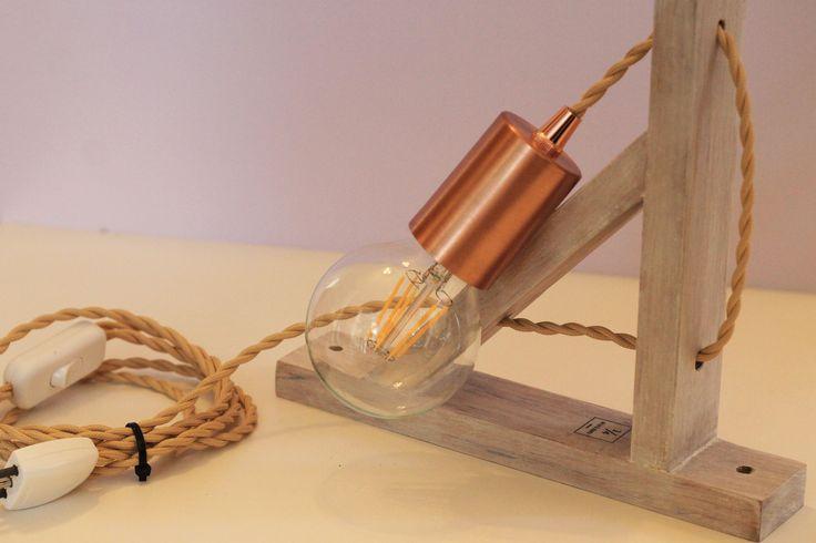 Escríbenos a info@uncuarto.cl pidiendo tu lámpara de muro, de colgar, de mesa o de pie 💡💡.