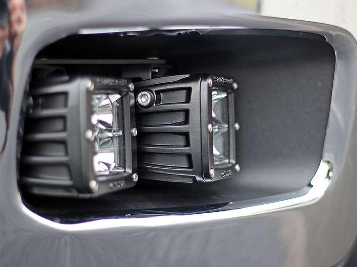 Chevrolet 2500 / 3500 Fog Light Replacement Kit (D)