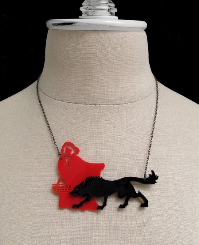 C.A.B. Fayre: Little Red Riding Hood Necklace - yessssssss