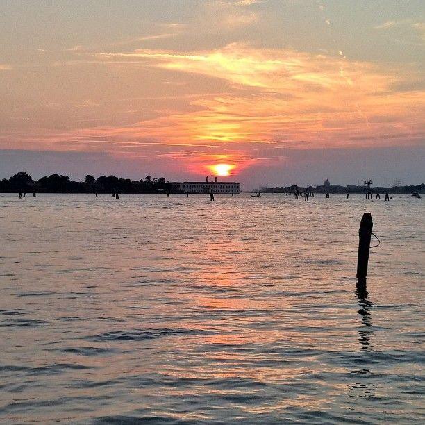 #tramonto #sunset   #couchédesoleil #Soleil  #Venezia  #isola di #SanServolo
