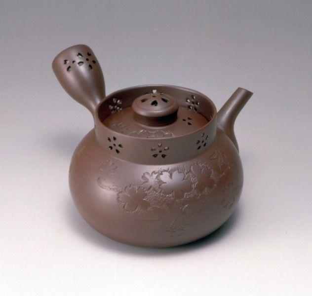 四日市萬古焼 | 伝統的工芸品 | 伝統工芸 青山スクエア