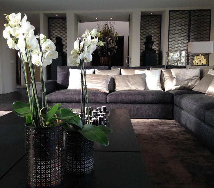17 beste idee n over moderne woonkamers op pinterest huiskamer moderne inrichting en modern for Deco woonkamer moderne woonkamer