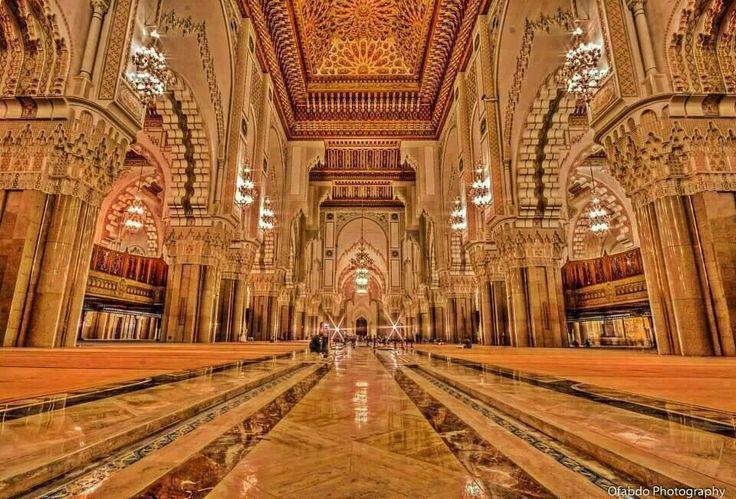 L 39 interieur de la mosquee hassan for A l interieur inside