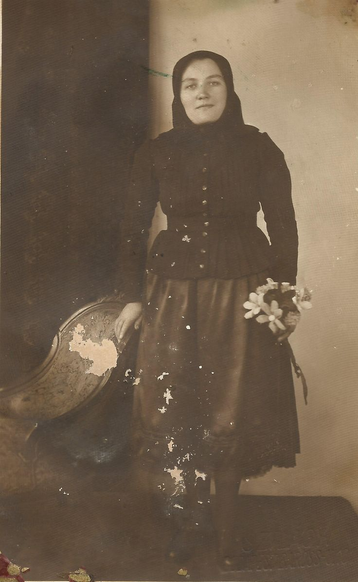 Hungarian woman in traditional costume from Balavásár-Transylvania.
