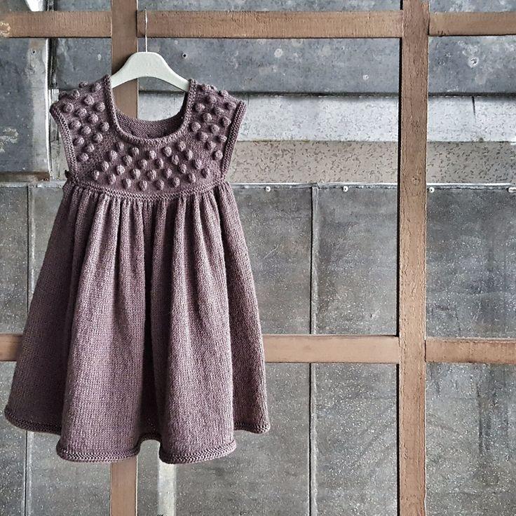 Knitted dress for girl