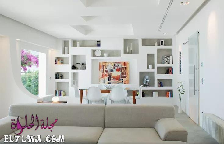 ديكورات جبس جدران 2021 هي ديكورات متميزة للغاية من أجل مواكبة آخر تطورات الديكور الحديث لذلك سوف نتناول سوي ا مع مجلة الحلوة مجموع Home Family Room Home Decor