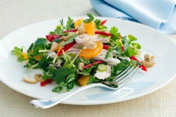 Мандариновый салат с курицей