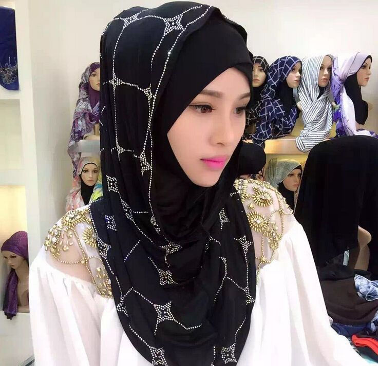 Hijab Chiffon *** AliExpress Affiliate's Pin.  Offer can be found online by clicking the image