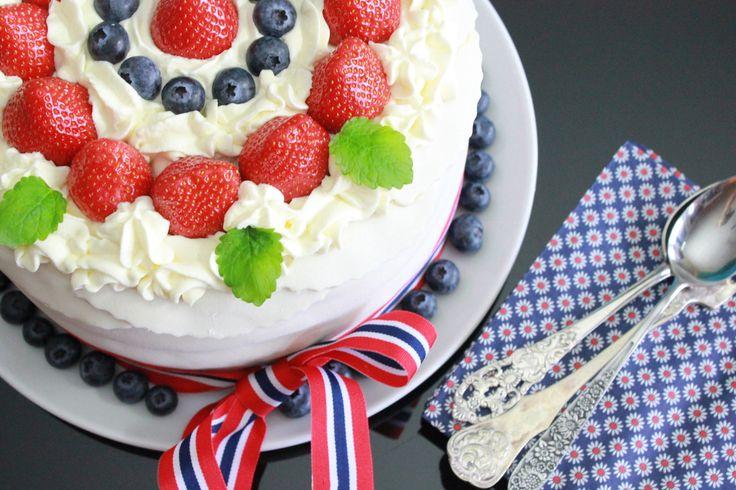 Server denne flotte kaken på 17. mai. En sikker vinner hvis du vil imponere med en skikkelig festkake.