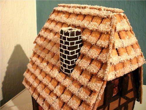 Medieval Timber-Framed Gingerbread House - CRAFTSTER CRAFT CHALLENGES