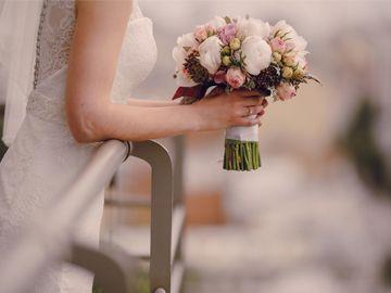 Kwiaciarnie - dekoracje kwiatami, bukiety ślubne, wianki ślubne